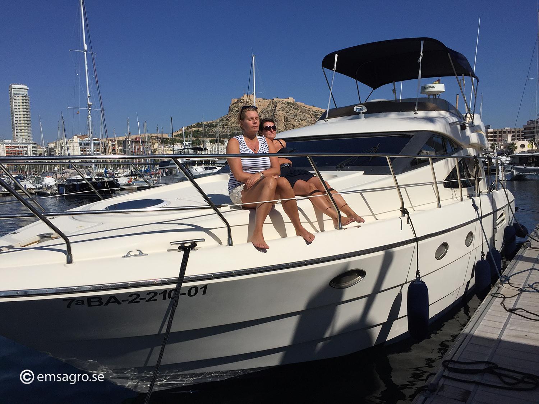 Astondoa 46 Emsagro Alicante crew